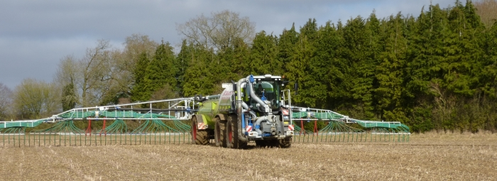 Our Saddletrac tanker spread approximately 80,000m³ of digestate and slurry in 2013!