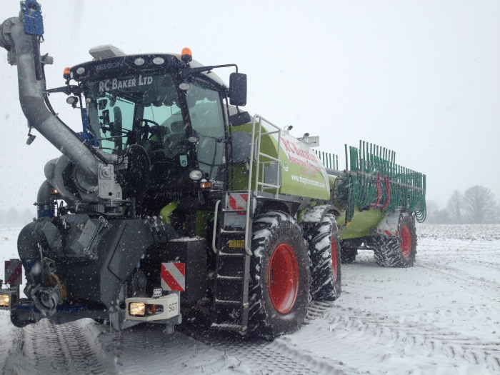 Snow stops play with the Saddletrac Tanker